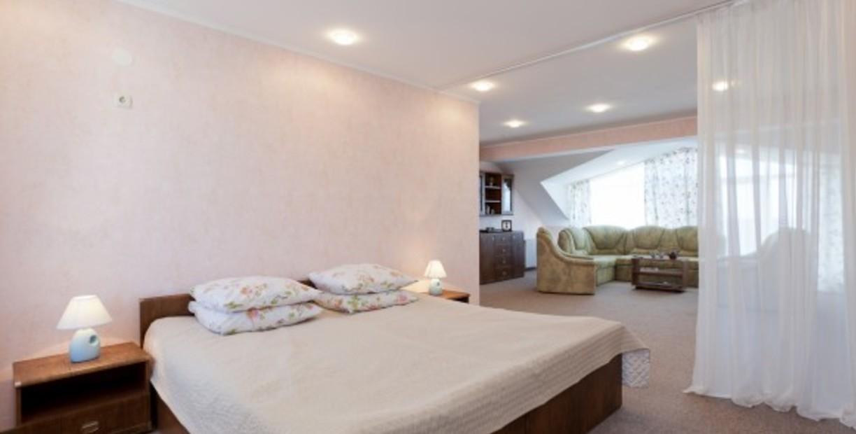 Санаторий «Полтава Крым». 2-этажный 2-местный номер VIP Люкс-Коттедж (5 корпус)